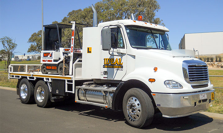 Heavy-Rigid truck rig for driver training at Ideal Driving School, Toowoomba